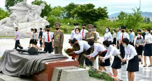 Korean People Pay Homage to War Martyrs